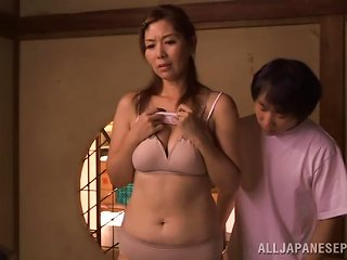 Chisato Shohda Allows Two Dudes To Play With Her Japanese Twat